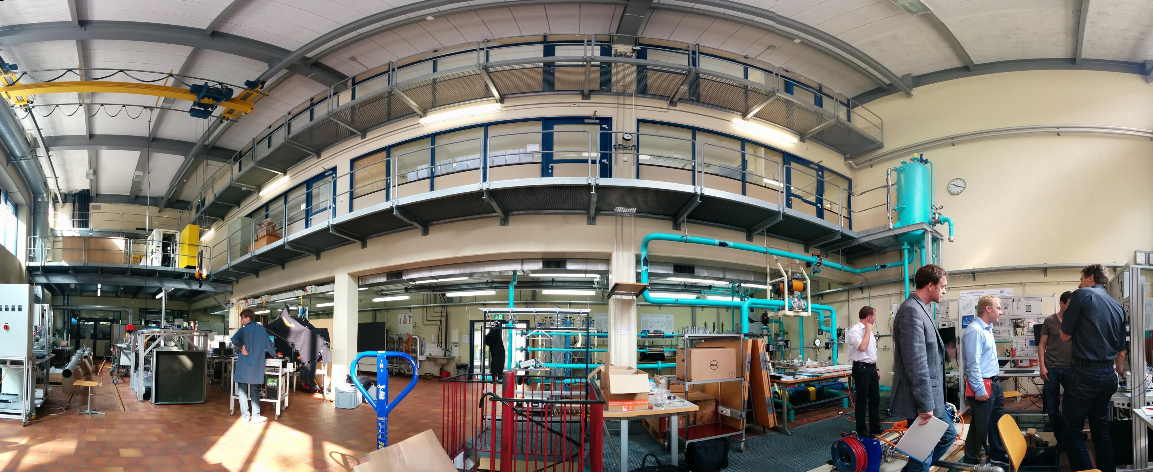 Inbetriebnahme im Maschinenbaulabor
